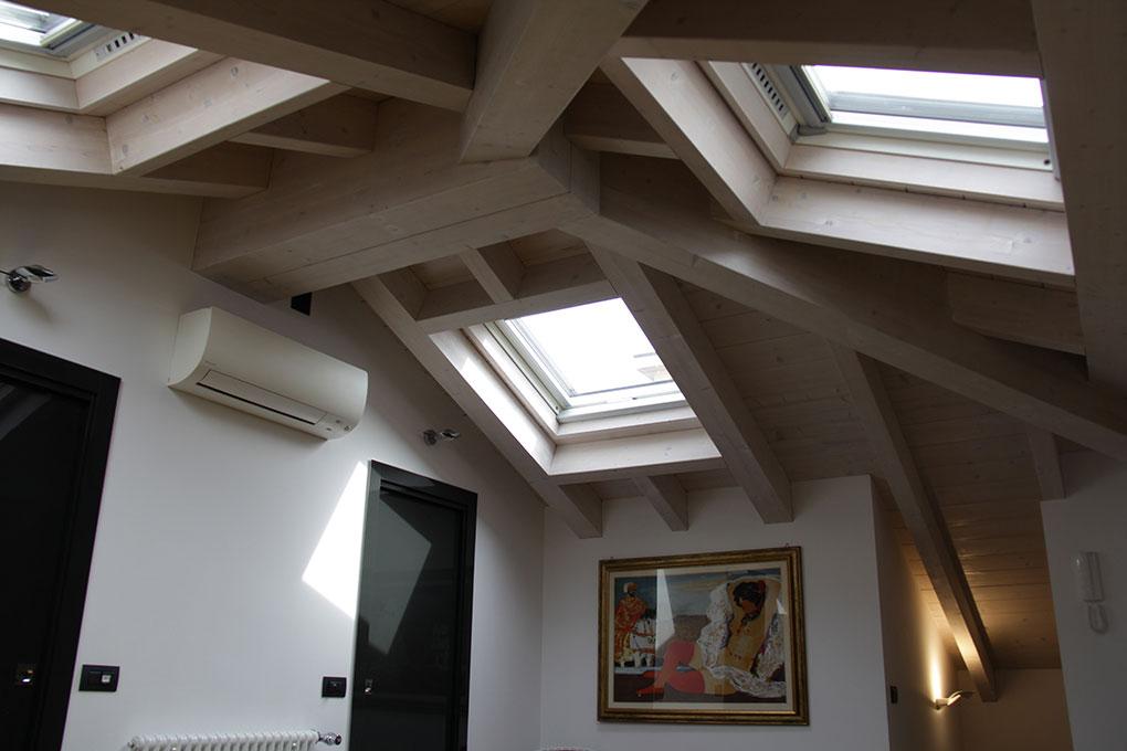 Il sottotetto diventa loft - Illuminazione zenitale con velux