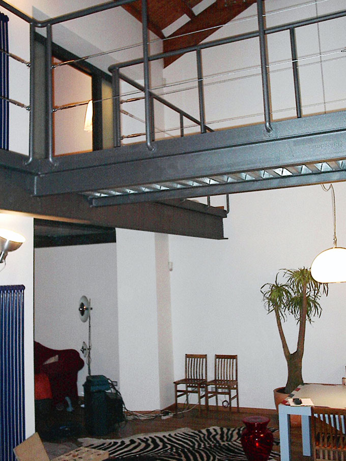 Loft - Arrivo passerella camera matrimoniale