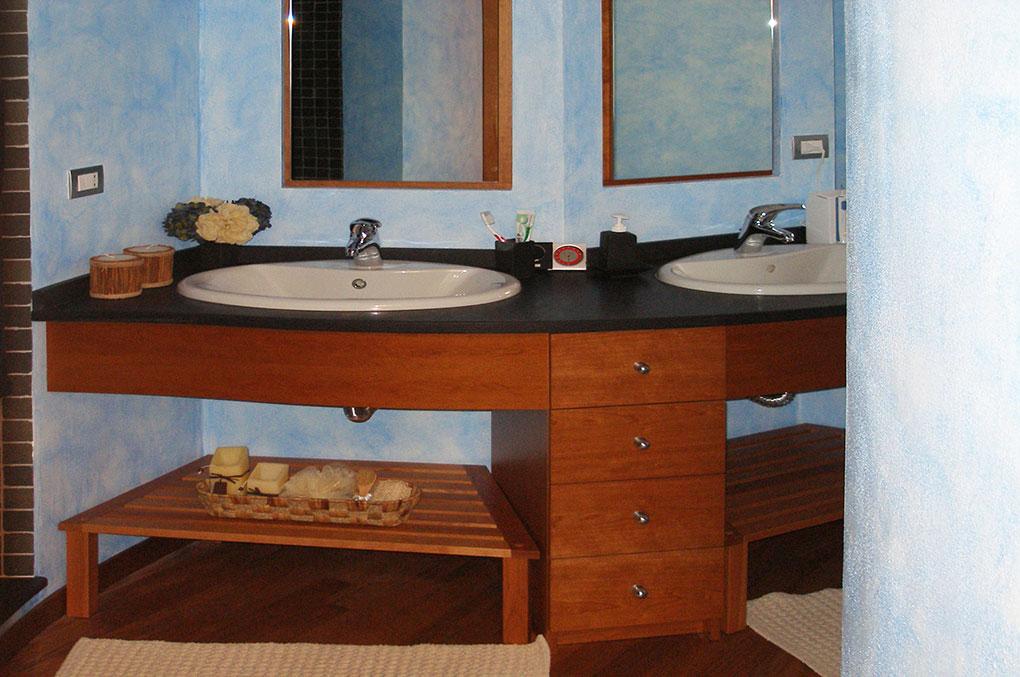 Unione di due appartamenti - Via Cavour Mobile lavabi sospesi