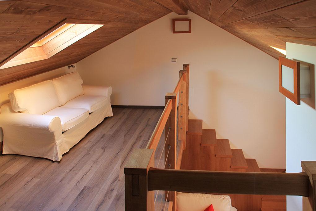 Vivere in soffitta - Via Pellizza da Volpedo Recupero del sottotetto con soppalco