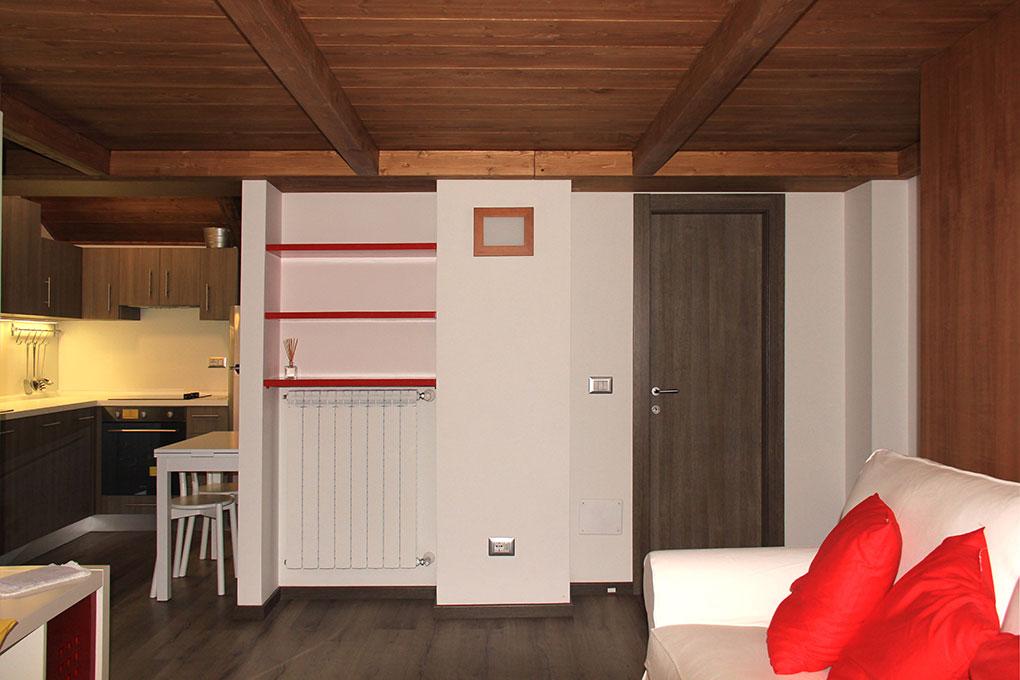 Vivere in soffitta - Via Pellizza da Volpedo Zona giorno soppalcata