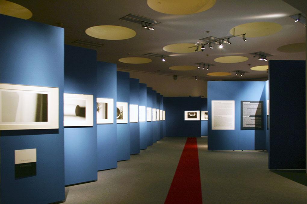 Allestimento mostre Museo della Permanente - Torah Percorso lineare