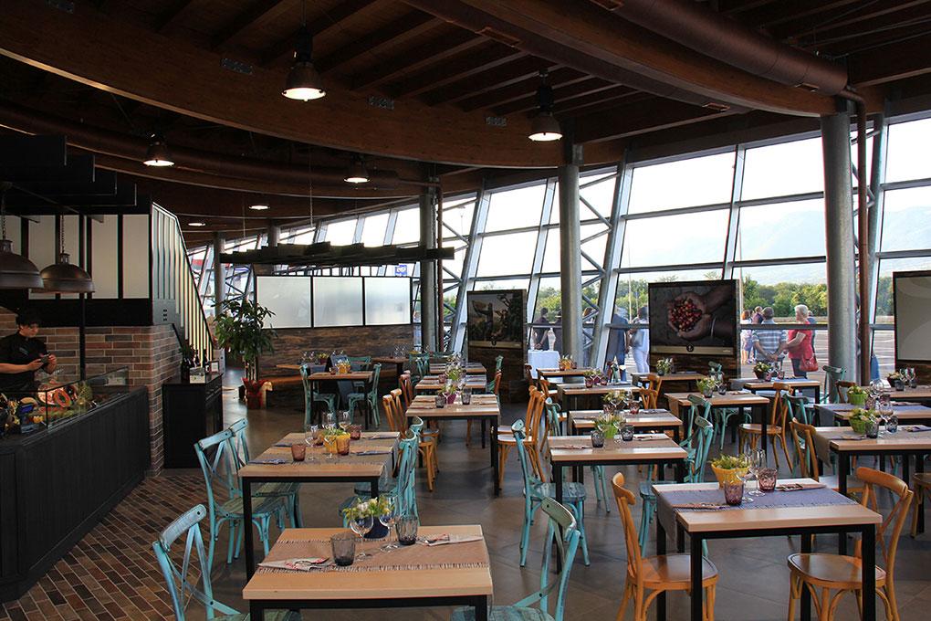 Format ristorazione - Arredamento tavoli e sedute