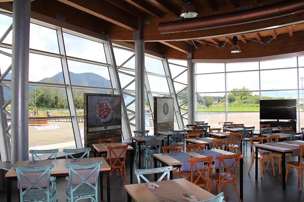Format ristorazione - Ristorante vista sull'esterno