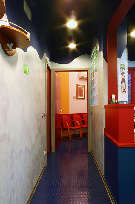 Progettazione studi dentistici - Collegamento attesa reception